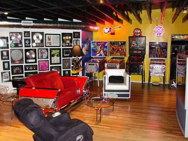 Man Cave Arcade : Some of the most epic man caves money can buy space