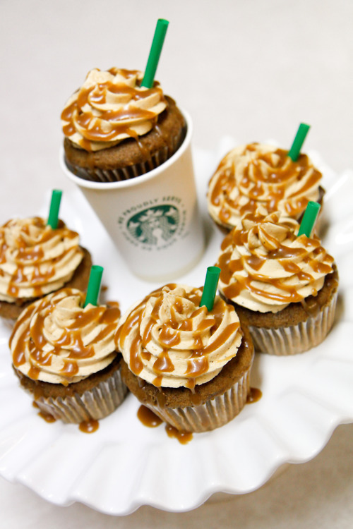 Incredibly creative cupcake designs starbucks cupcakes for Creative cupcake recipes and decorating ideas
